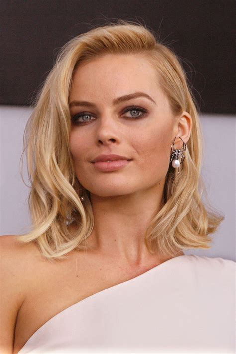 who does ms robbies hair margot robbie s hair story margot robbie short hair and