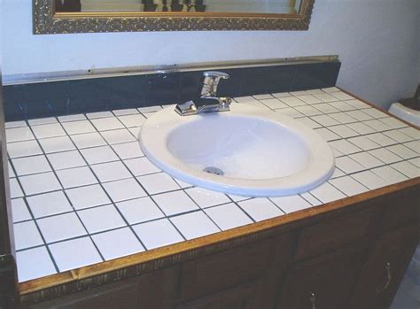 Tiled Bathroom Countertops by Best 25 Painting Tile Countertops Ideas On