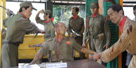 rekayasa film g 30 s pki g30s pki saat pasukan tni disusupi komunis waspada online