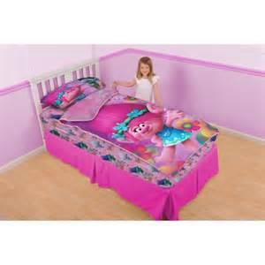 Toddler Comforters Dreamworks Trolls Poppy And Petals Zip It Bedding Set