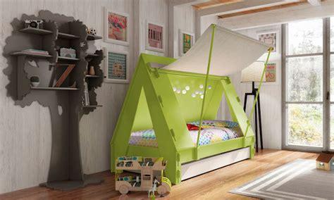 fun kids bed creative fun kid s beds designed as fort and caravan wave avenue
