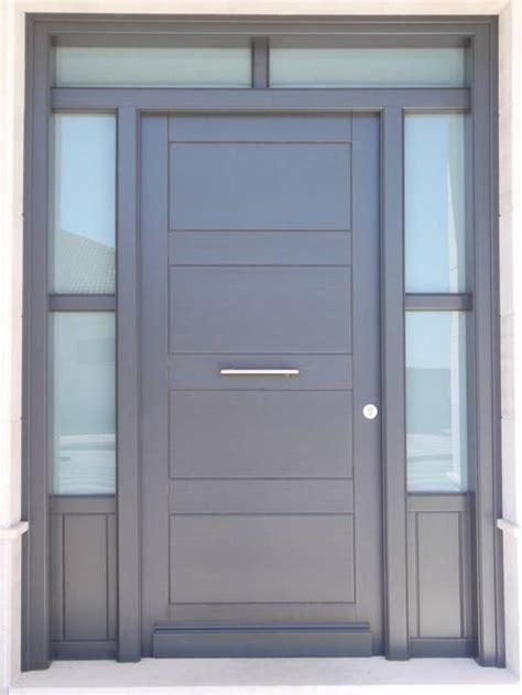a las puertas de 8492567252 puerta calle c 4 con entrecalle carpinter 237 a de madera hemsa