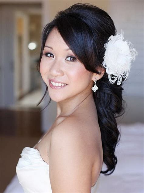 Wedding Hairstyles To The Side by Wedding Hairstyles To The Side With Flower