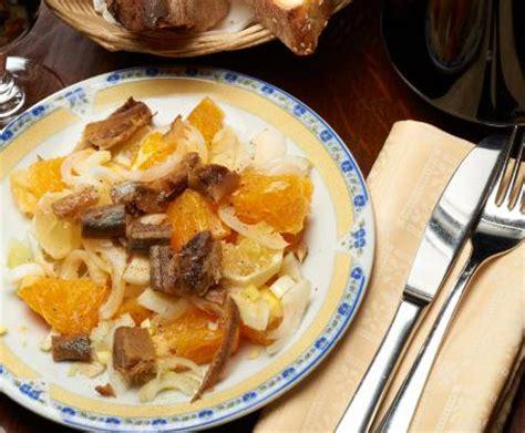 come cucinare le aringhe affumicate insalata con arance aringhe affumicate e finocchi un