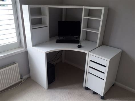 ikea micke corner workstation in white with matching