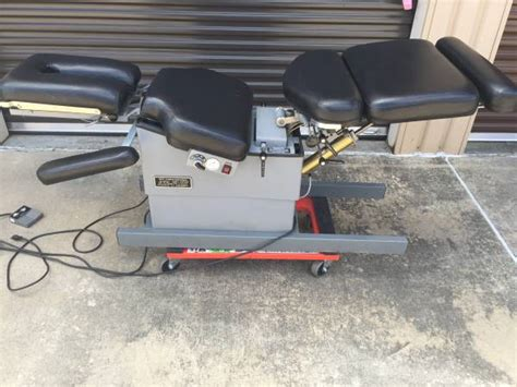 lloyd 402 flexion elevation table 2005 lloyd 402 flexion elevation table chiropractic
