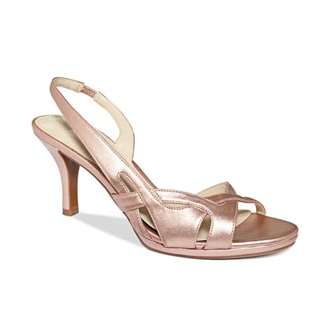 naturalizers sandals naturalizer sandals in gold copper luster lyst