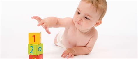 Play Baby Healt a che et 224 si pu 242 iniziare con l apprendimento dell inglese helen doron