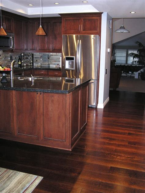 Hardwood Floors In Kitchen Dark Hardwood Floor Colors In Wood Floor Kitchen