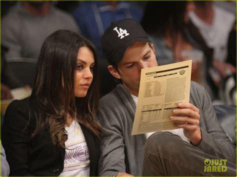 couch turner scandal mila kunis y ashton kutcher youtube