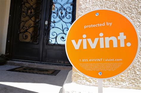 finding positive vivint reviews
