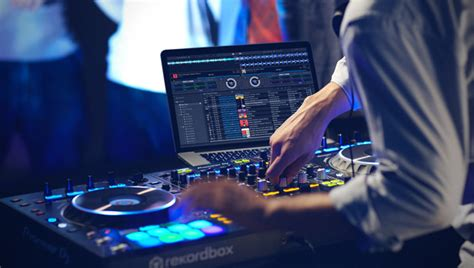 top best dj top 10 best laptop for djing in 2017 review inside