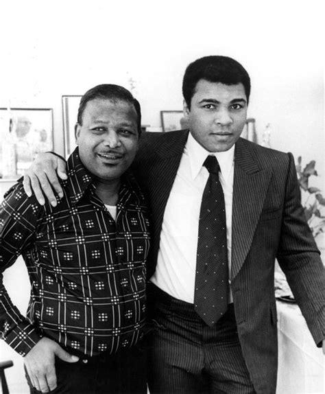 muhammad ali kelly biography sugar ray robinson and muhammad ali 1990 boxing