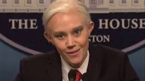 jeff sessions kate mckinnon snl kate mckinnon roasted jeff sessions on snl and it was