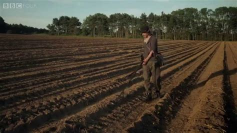 theme music detectorists johnny flynn detectorists theme youtube