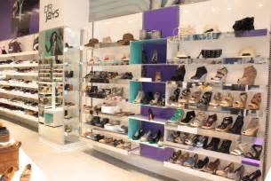 Shoe Stores Dr Jays Stores New Shoes At Dr S New Flagship
