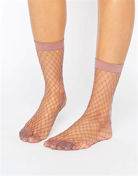 Asos Oversized Fishnet Socks asos oversized fishnet ankle socks in mauve in purple lyst