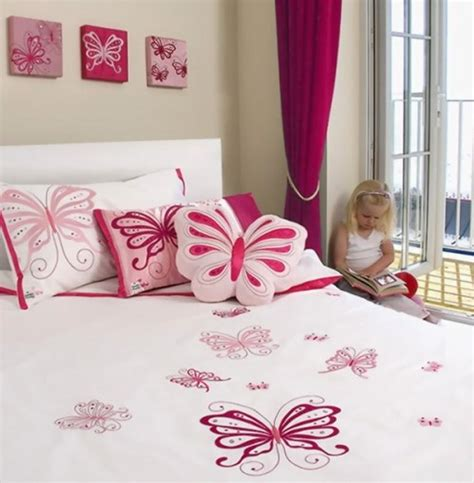 butterfly bedroom decor 15 charming butterfly themed girl s bedroom ideas rilane