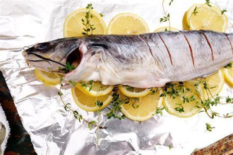 cucinare pesce gatto come cucinare pesce gatto intero al forno surfsitesusa