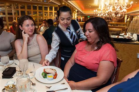 Carnival Dining Room Dress Code by 9 Things Not To Do In A Cruise Ship Dining Room