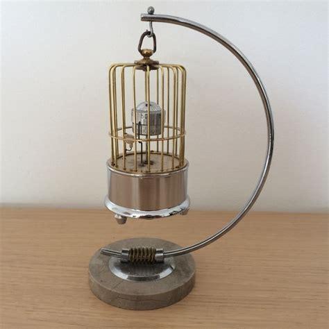 come fare una gabbia per uccelli orologio con sveglia a forma di una gabbia per uccelli