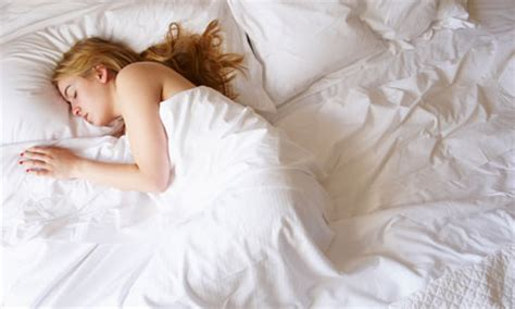 how to get a woman in bed the difference between men and women s sleep health shop