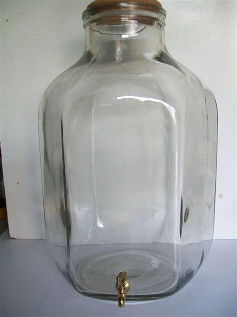 contenitori con rubinetto contenitore vetro lt 20 con rubinetto enotecnica albese
