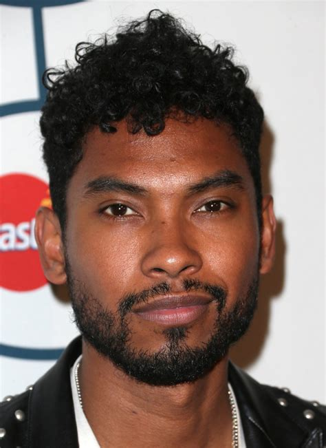 how do i get miguel hair miguel photos photos the 56th annual grammy awards pre