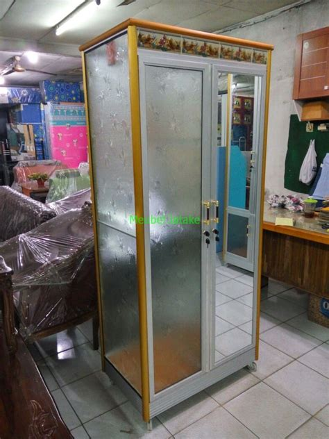 Lemari Kaca Toko jual lemari pakaian 2 pintu kaca transparan cermin