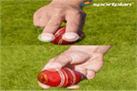 how to swing a cricket ball left handed inswing bowling grip right arm techniques drills cricket