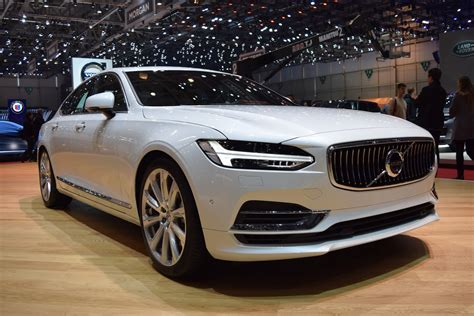 volvo  sedan  sharp  geneva show floors carscoops