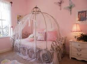 13 cool carriage beds for little girls kidsomania 42 best disney room ideas and designs for 2017