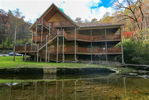 7 bedroom cabins in pigeon forge gatlinburg cabin riverside lodge from 460 00