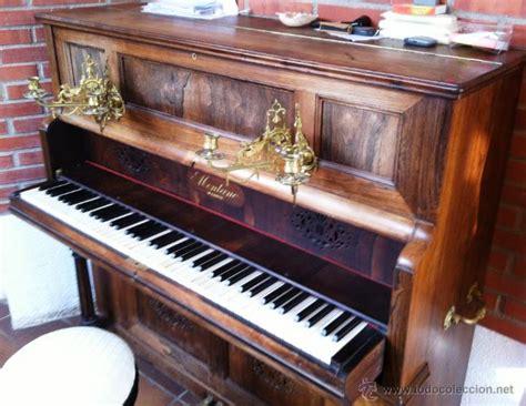 candelabros de pared en bronce muy cuidado piano de pared con candelabros bron comprar