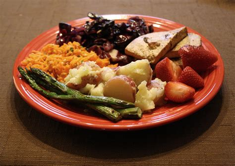 Meal Plate how to avoid overeating bon app a better calorie counter