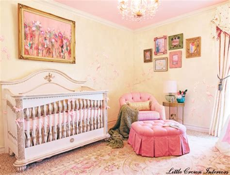 lade luxo quarto de menina rosa e amarelo luxuoso