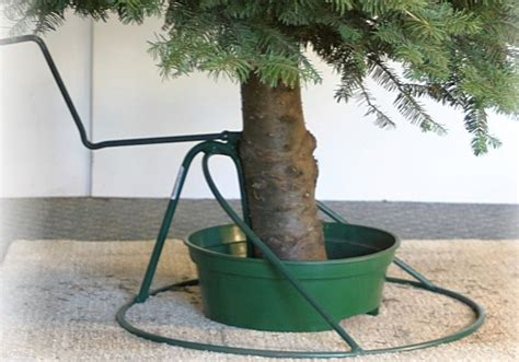 how to stand a real christmas tree let s prepare for the upcoming winter with tree stands for real tree design homesfeed