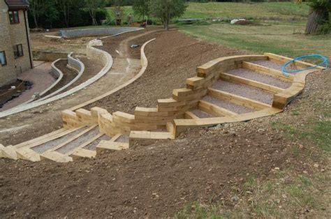 Curved Garden Wall Curved Retaining Wall Ideas We Designed Sweeping Curved