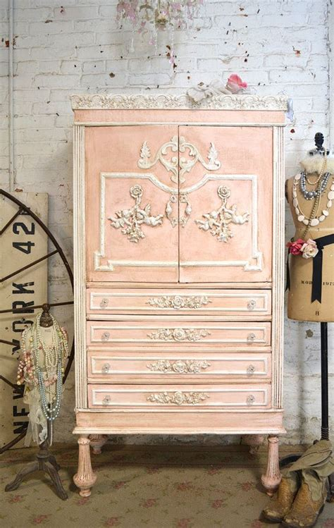 cottage chic furniture 25 best ideas about shabby chic cabinet on