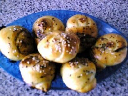 ayranli zeytin ezmeli pogaca tarifi ayranli zeytin ezmeli pogaca tarifi nasıl yapılır yemek