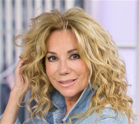 How To Get Kathy Lee Giffords Hair | how to get kathie lee gifford s curly hairstyle on today