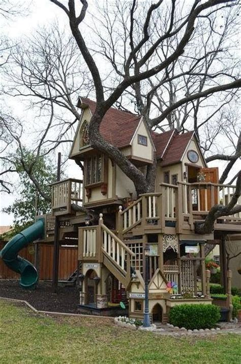 crazy tree houses crazy tree house regan s pins pinterest