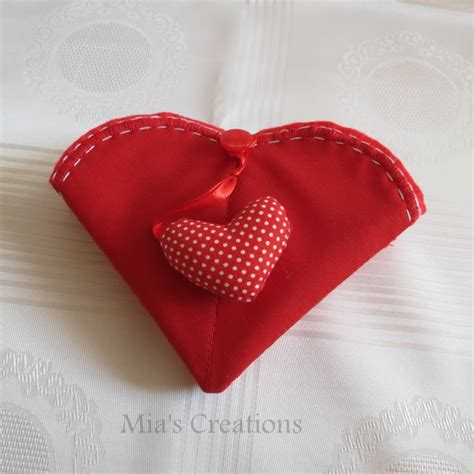 pattern for heart pincushion mia s creations needlecase with heart pincushion