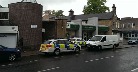 lloyds bank sunderland thieves into lloyds bank on front in whickham