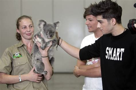 harry styles tattoo jumper australia the one direction inspection why is niall missing from