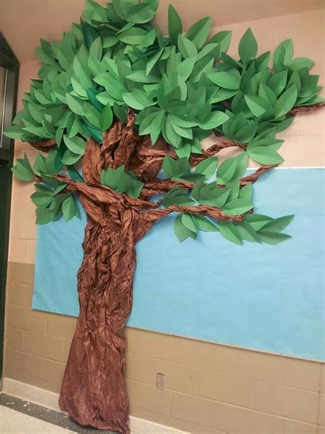 tree i made out of construction paper and brown bulletin