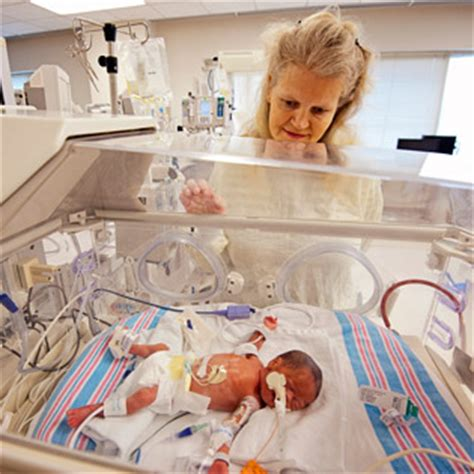 how many can be in the delivery room mississippi expects triplets but is surprised in the delivery room what to expect