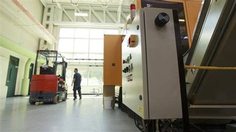 design for economic manufacturing why the future is bright for small manufacturing in canada