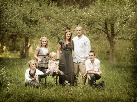 family portrait ideas poses on pinterest family family pose family portrait ideas pinterest