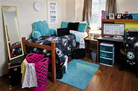 room college 40 must haves for incoming college students